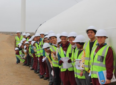 Loeriesfontein High School learners visit the Wind Farms