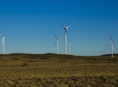 KHOBAB AND LOERIESFONTEIN WIND FARMS BEGIN POWERING 240 000 HOMES